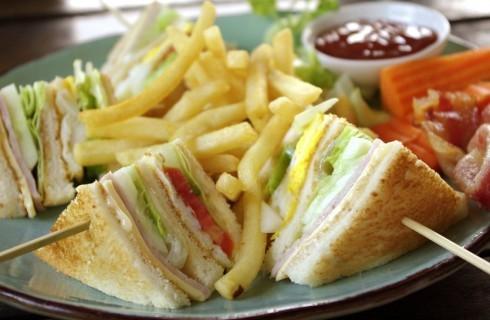Club sandwich e croque monsieur: momenti di gloria