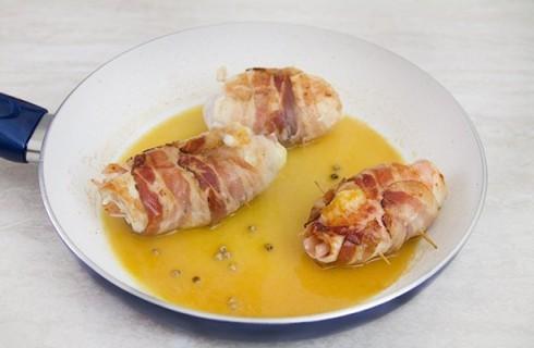 La cottura degli involtini di pollo