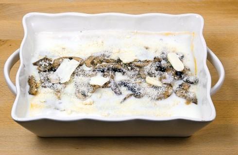 L'ultimo strato delle lasagne ai funghi