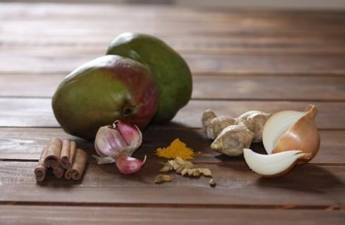 Gli ingredienti del chutney di mango