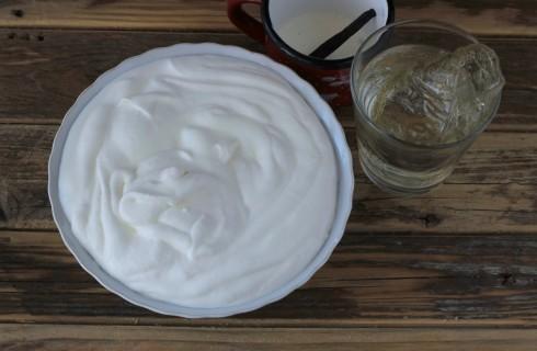 Torta fredda allo yogurt: la crema fredda