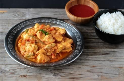 Pollo al curry indiano