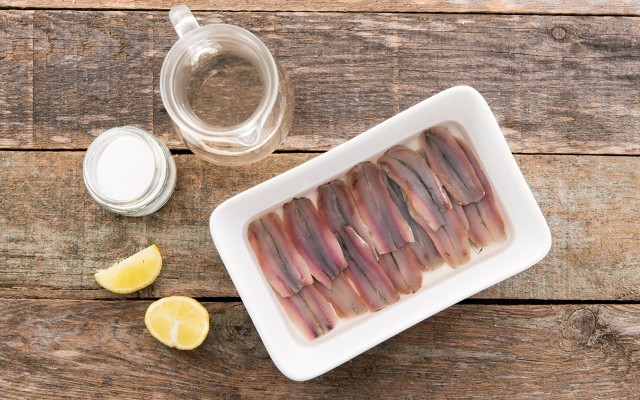 La marinatura delle alici marinate