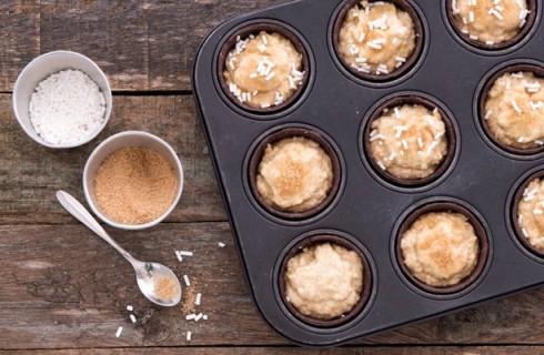 Il confezionamento dei L'impasto dei muffin allo yogurt