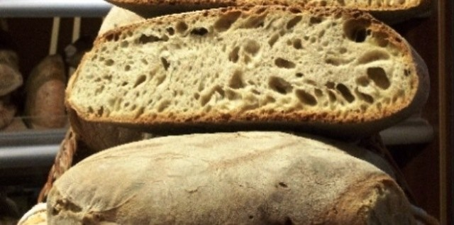pane lariano