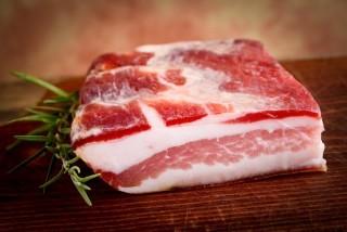 Guanciale, pancetta e bacon: conoscete le differenze?