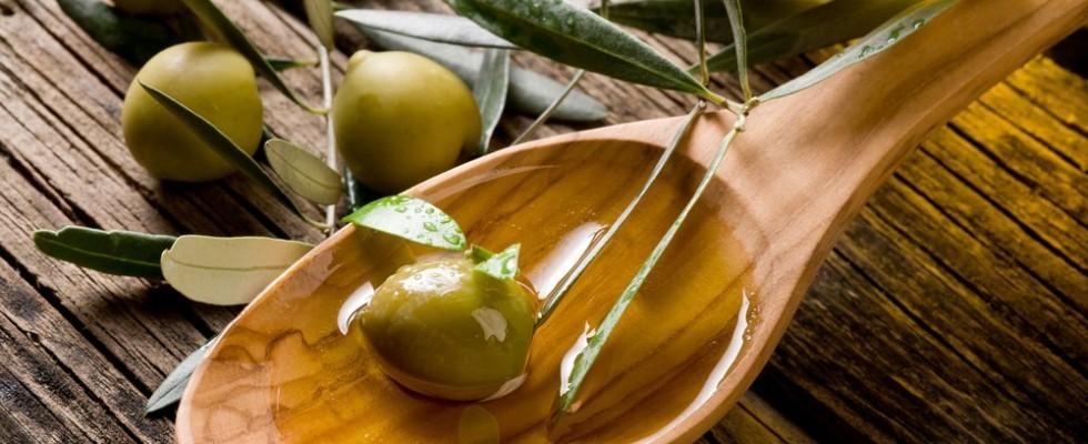 A prova di fregatura: capire l'olio di oliva