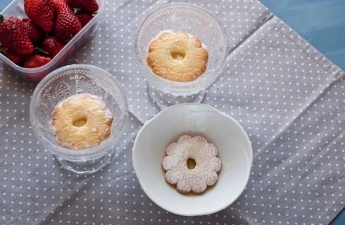 I canestrelli della Cheese cake in coppa alle fragole