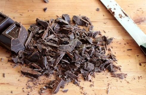 Il cioccolato fondente per fare i cioccolatini
