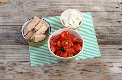 Gli ingredienti dell'insalatadi pasta