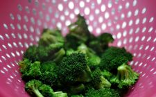 Broccoli gratinati al forno light, la ricetta per chi è a dieta