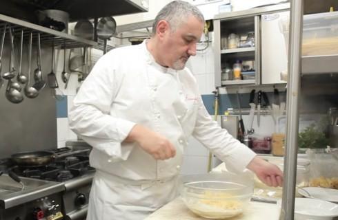 Pasta cacio e pepe: la video ricetta