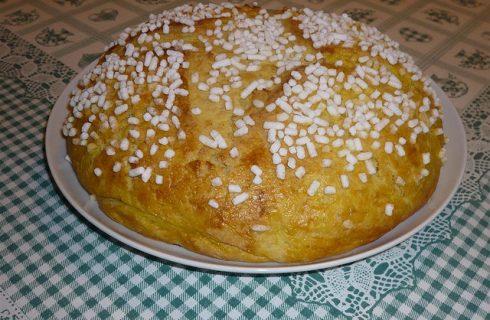 La ricetta della focaccia pasquale dolce spiegata passo dopo passo