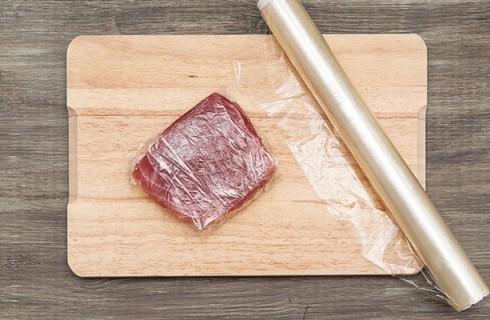 Il filetto di tonno per il sashimi