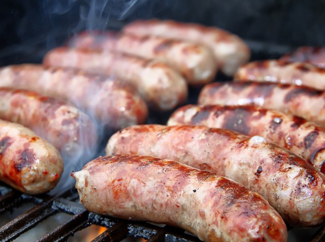 Salsiccia in padella e 10 ricette alternative per for Cucinare salsiccia