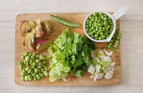 Gli ortaggi per cucinare la vignarola