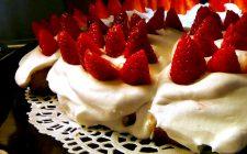 Torta fragole e panna, la ricetta facile
