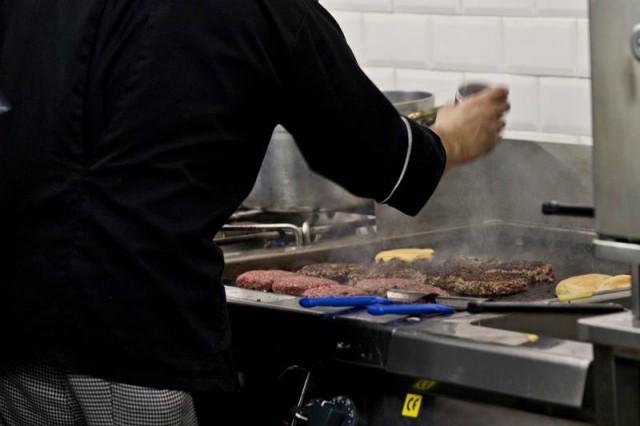 Hamburger This is food