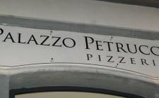 Pizzeria Palazzo Petrucci, Napoli