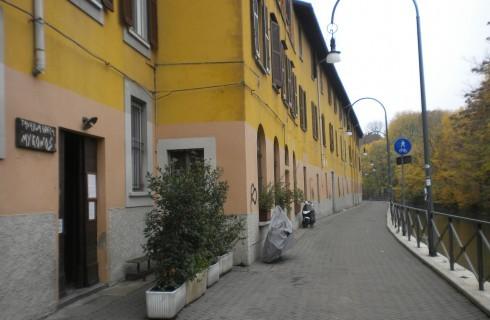 Mykonos, Milano
