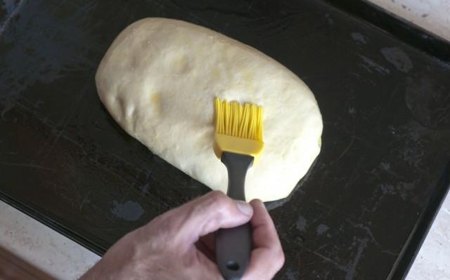 Preparazione della focaccia croccante