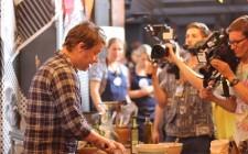 Jamie Oliver spiega il vino su DrinksTube