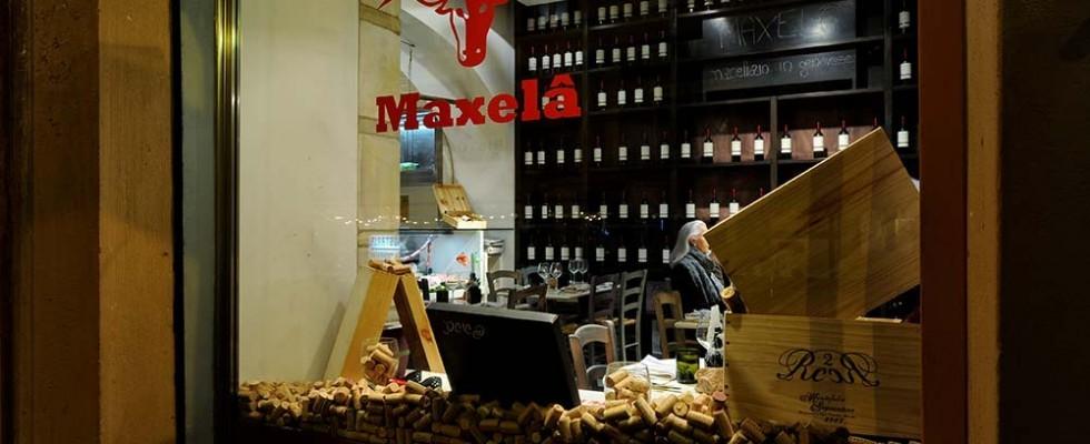 Maxelâ, Roma