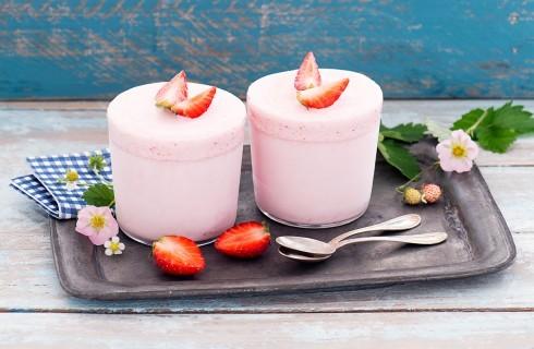 Semifreddo alle fragole: dessert al cucchiaio