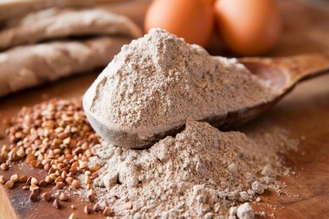 Farina e altri ingredienti