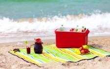16 regole per mangiare in spiaggia