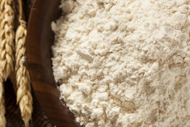 Farina e spighe di grano