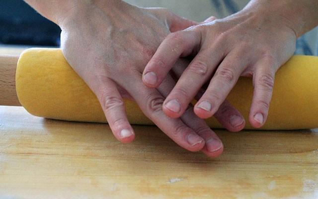 Come fare i ravioli: la ricetta step by step - Foto 13