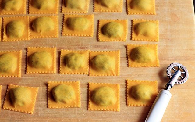 Come fare i ravioli: la ricetta step by step - Foto 16