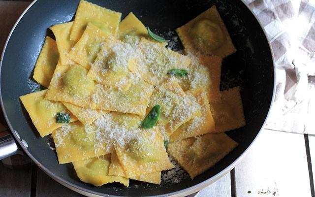Come fare i ravioli: la ricetta step by step - Foto 17