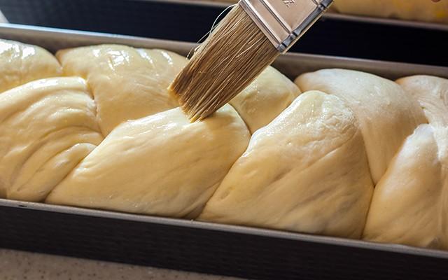 La preparazione del Pan brioche