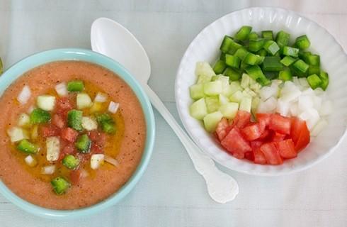Il re delle zuppe fredde: il gazpacho