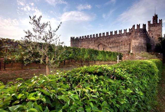 Castello di Passirano