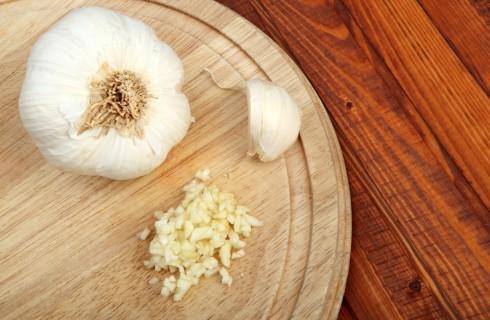 aglio tritato per la salsa barbecue