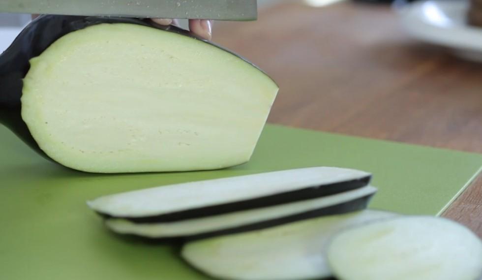 Come fare la parmigiana di melanzane step by step - Foto 2