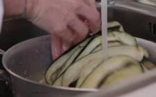 Come fare la parmigiana di melanzane step by step