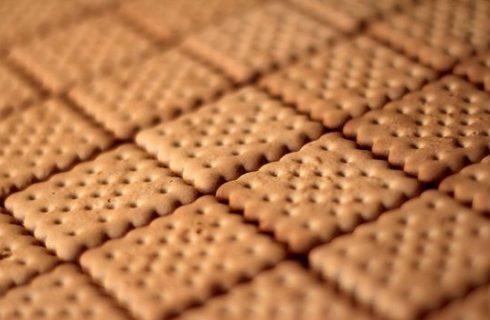 Come fare i biscotti di pasta frolla con la ricetta passo per passo