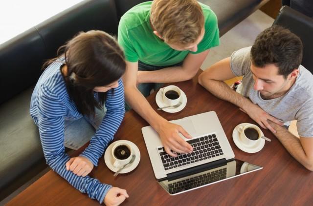 Studenti caffè