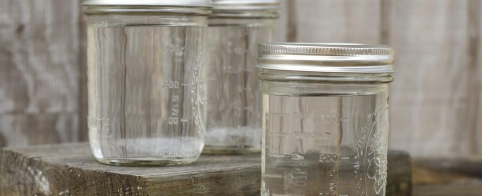 Come sterilizzare i barattoli per le conserve