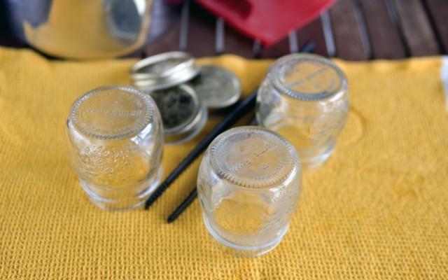 sterilizzazione dei vasetti per i peperoni sott'olio