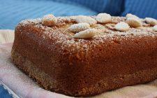 Ecco la torta mandorle e cioccolato bianco di Benedetta Parodi