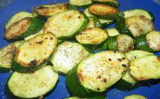 Zucchine al forno in versione light con la ricetta per chi è a dieta