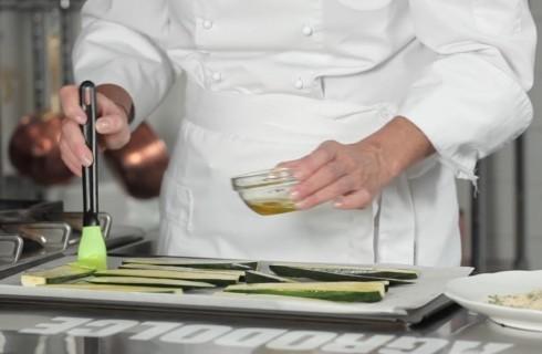 Le_zucchine_spennellate_con_l'olio