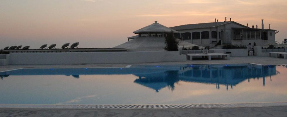 Aperitivi sul litorale romano: 11 locali perfetti
