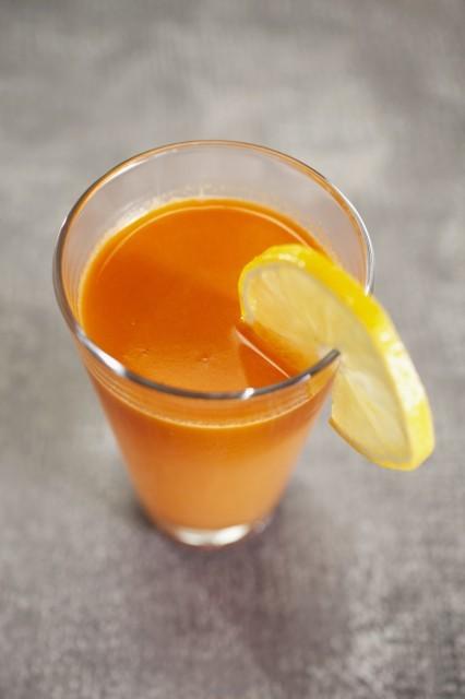 centrifuga carote. arancia e limone