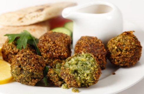La cucina egiziana, dai falafel al karkadè